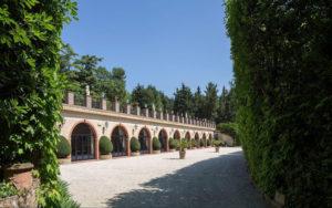 Esterno del salone degli eventi di Villa Cattani Stuart